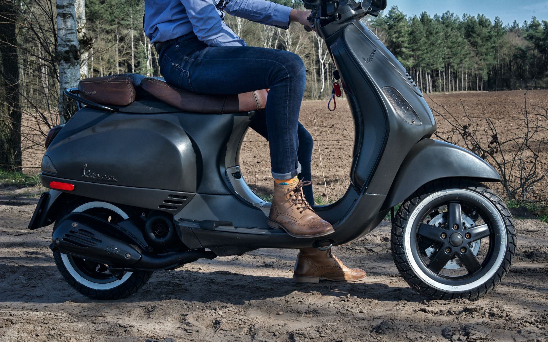 London brogue Boots with a Vespa