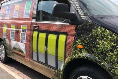 Mea Van Wrap Image 2